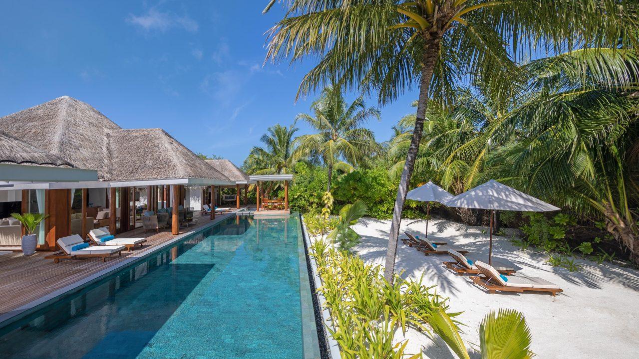 2 Bedroom Beach Pool Residence