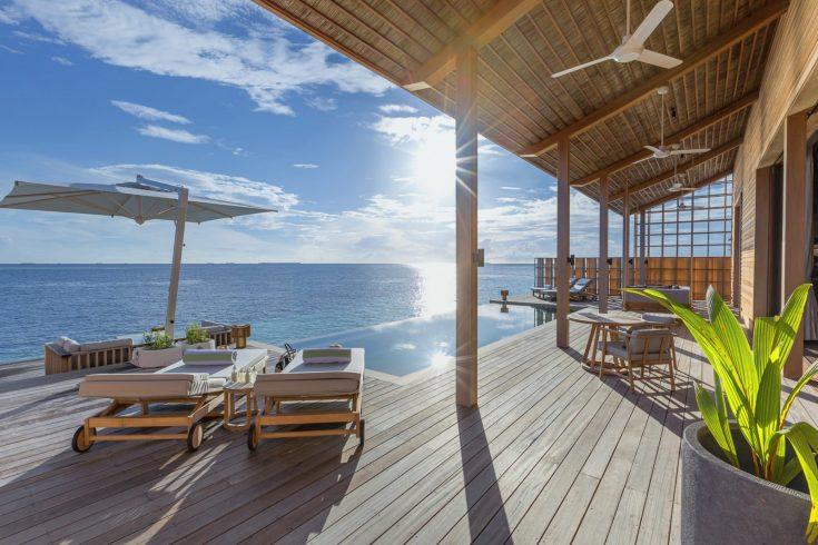 2-beroom-villa-deck-1600x1067