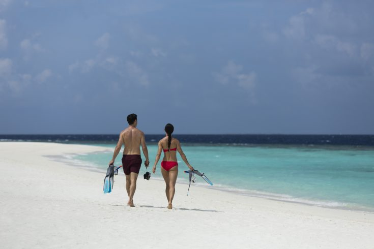 76759131-H1-AKIH_Beach_Snorkel_Lifestyle_G_A_H