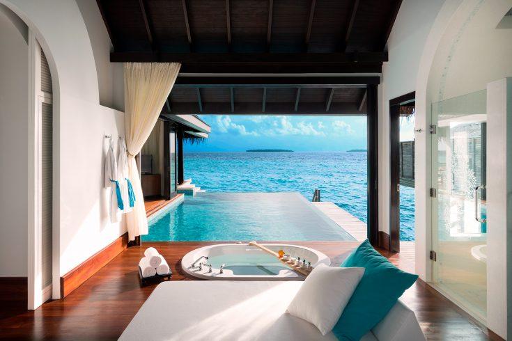 96406232-H1-Over_Water_Pool_Villa_Bathroom_View
