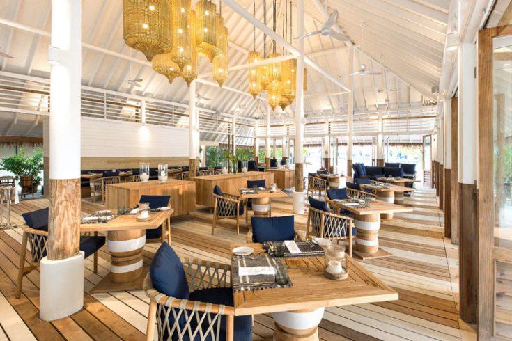 COMO-Cocoa-Island_Ufaa-Restaurant_Looking-in_Day-time
