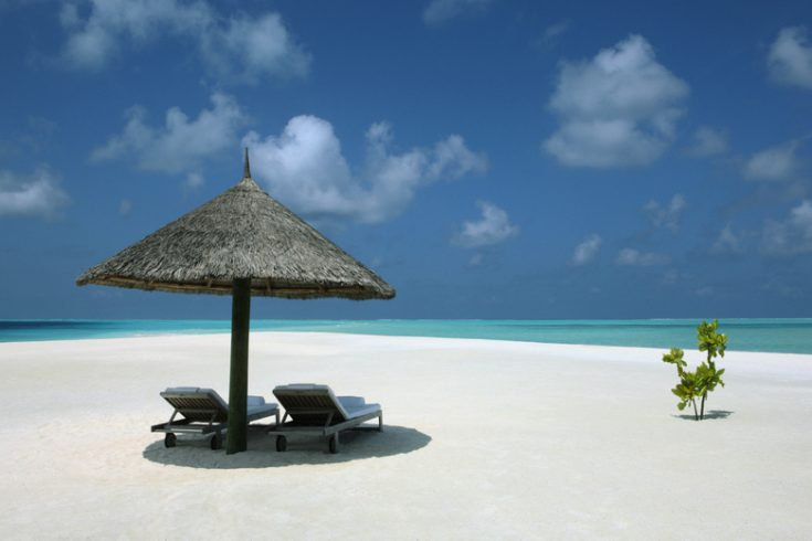 Cocoa Island - Resort - Beach Chairs