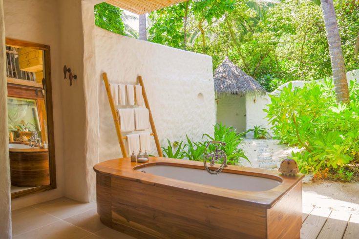 Crusoe-Villa-2BR-with-pool_Master-Bathroom-by-Alicia-Warner-1