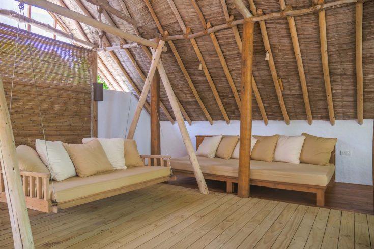 Crusoe-Villa-2BR-with-pool_Outdoor-Terrace-by-Alicia-Warner