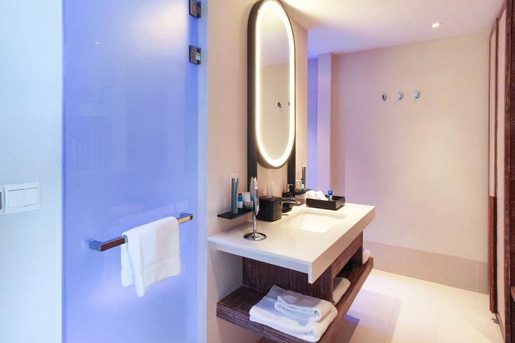 Silver_Studio_Bathroom
