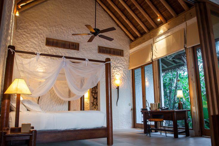 Soneva-Fushi-Family-Villa-Suite_Bedroom-by-Martin-Whiteley