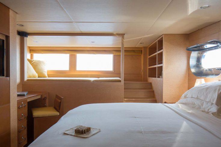 Soneva-in-Aqua-Guest-bedroom-by-Richard-Waite