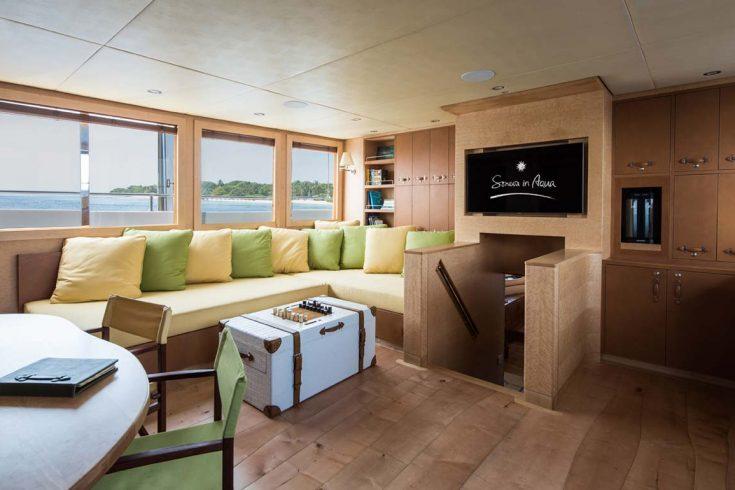 Soneva-in-Aqua-Main-living-room-by-Richard-Waite