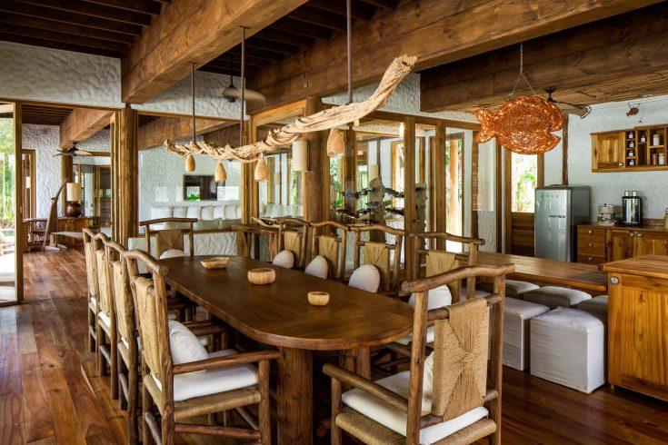 Villa42_Dining-Room_by-Richard-Waite-CC