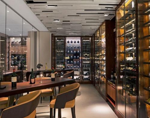 Wine Museum & Cigar Lounge