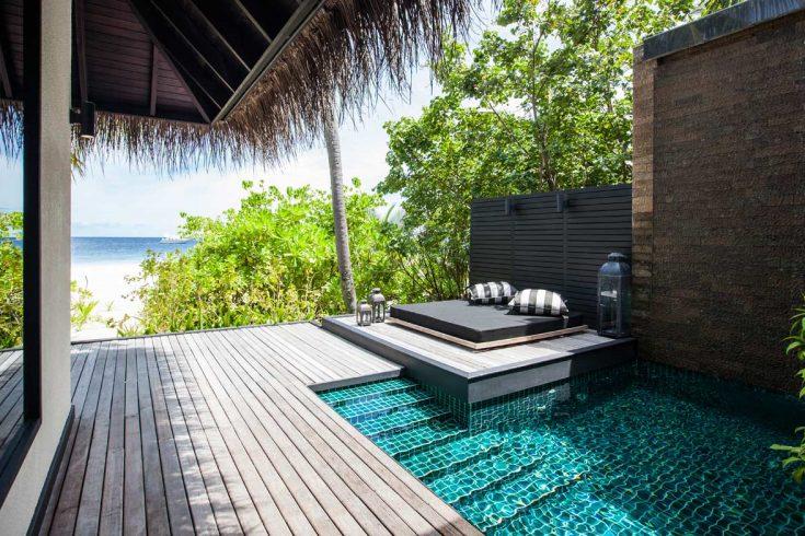 beach-pool-villa-pool-beach