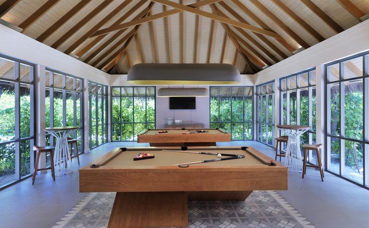 coconut-club-pool-tables