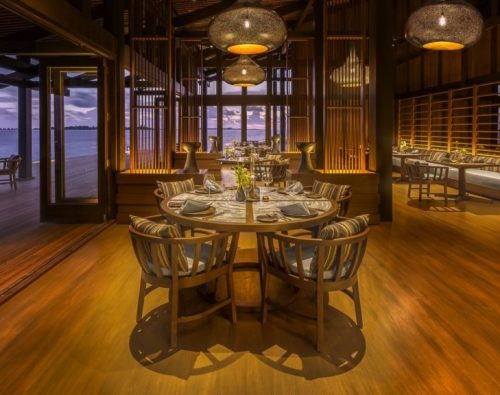 DINE AT THE RETREAT