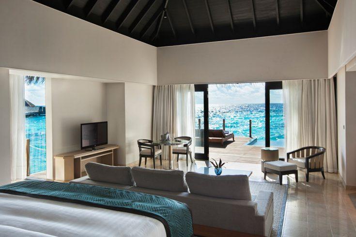 lagoon-pool-villa