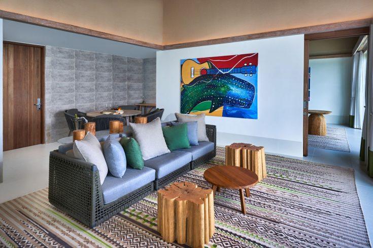 rock_royalty_2_bedroom_overwater_villa_living_room