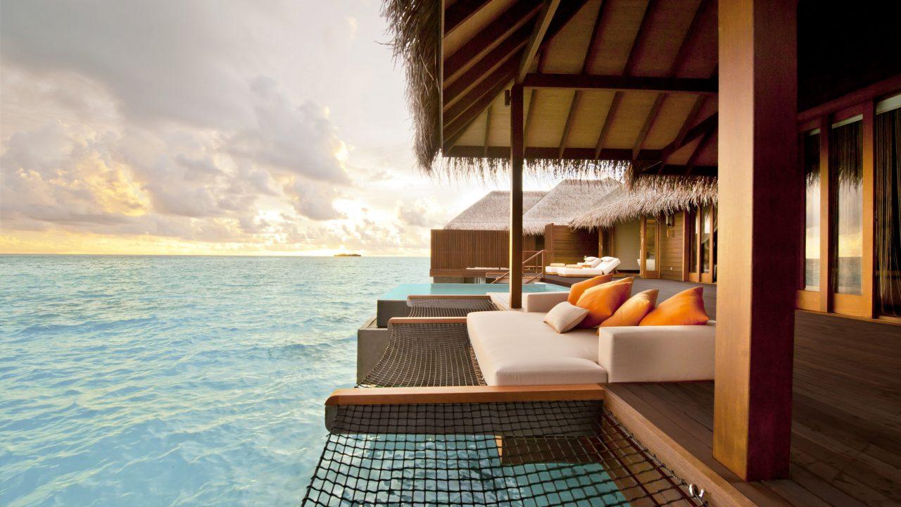 Sunset Ocean Family Suite