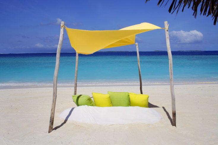 Beach_picnic_[5497-LARGE]