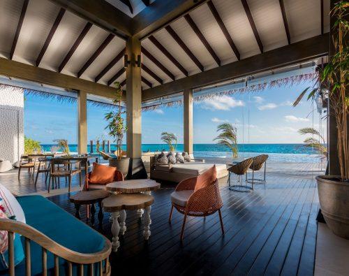 Breeze Poolside Dining & Bar
