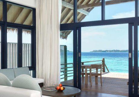 COMO-Cocoa-Island_Loft-Water-Villa_Living-Room_Looking-out