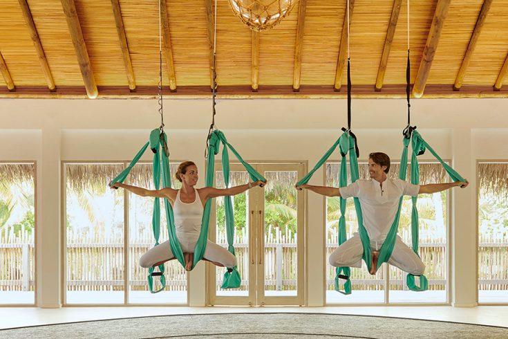 Couple Antigravity Yoga