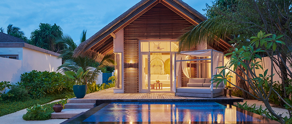 Deluxe Beach Sunset Villa