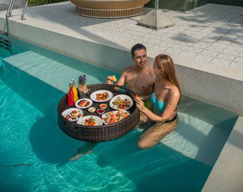 Floating Breakfast