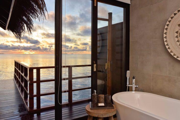 Ocean-Water-Villa-Bathroom