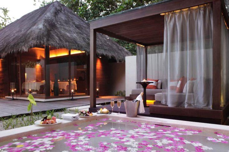 Park-Hyatt-Maldives-Hadahaa-P255-Spa-Bath.16x9