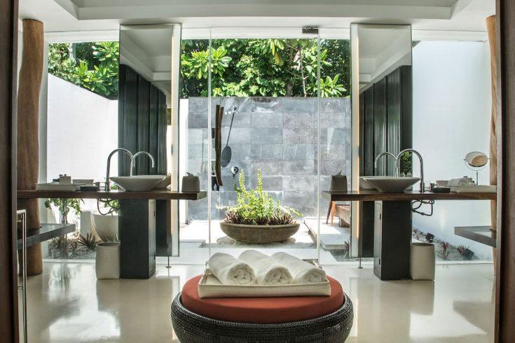Park-Hyatt-Maldives-Hadahaa-P264-Park-Villa-Bathroom.16x9