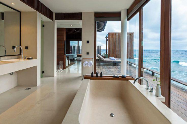 Park-Hyatt-Maldives-Hadahaa-P323-Park-Sunset-Ocean-Pool-Villa-Bathroom.16x9