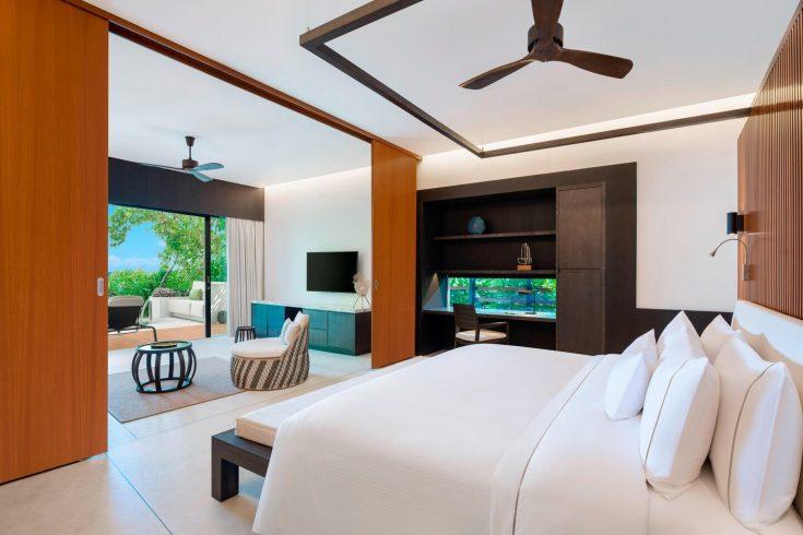 mlewi-suitepool-bedroom-4075-hor-clsc