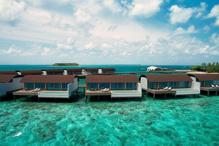mlewi-suites-pool-0028-hor-clsc