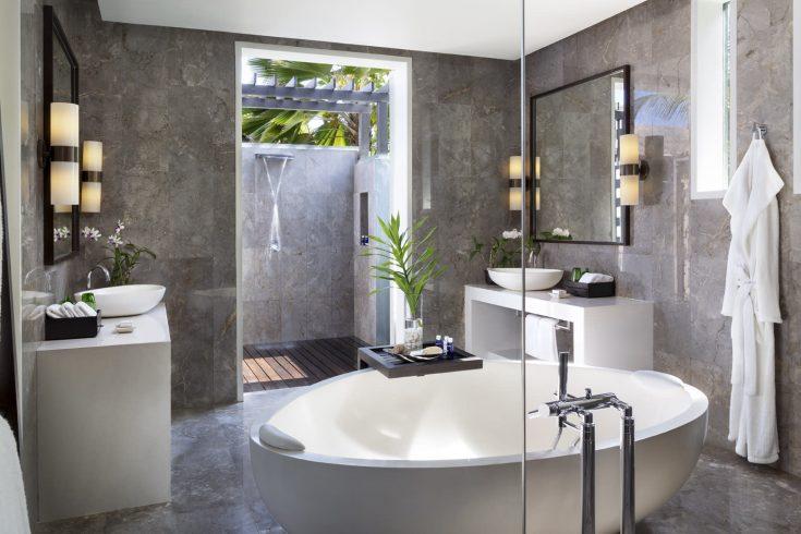naladhu_private_island_two_bedroom_residence_bathroom_1920x1037