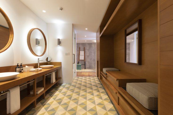 res 4 bathroom-3106